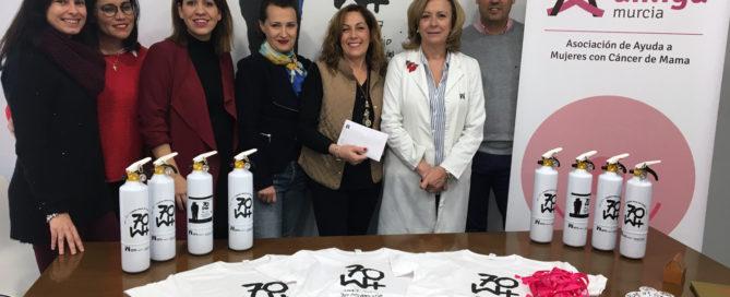 Realizamos un donativo para la lucha contra el cáncer de mama