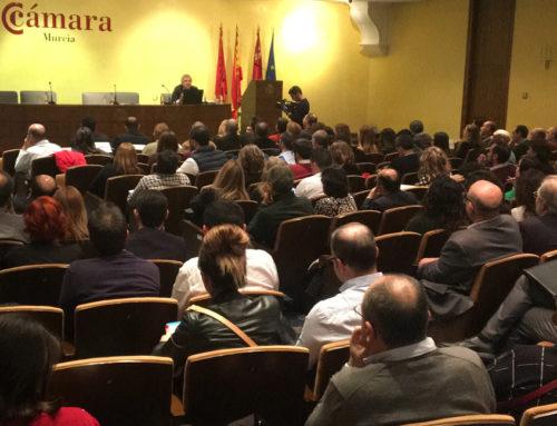 El Hospital Mesa del Castillo reúne a unos 200 abogados para hablar de indemnizaciones por accidentes de tráfico y atención médica
