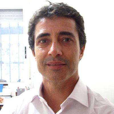 Dr. Andrés Arroyo